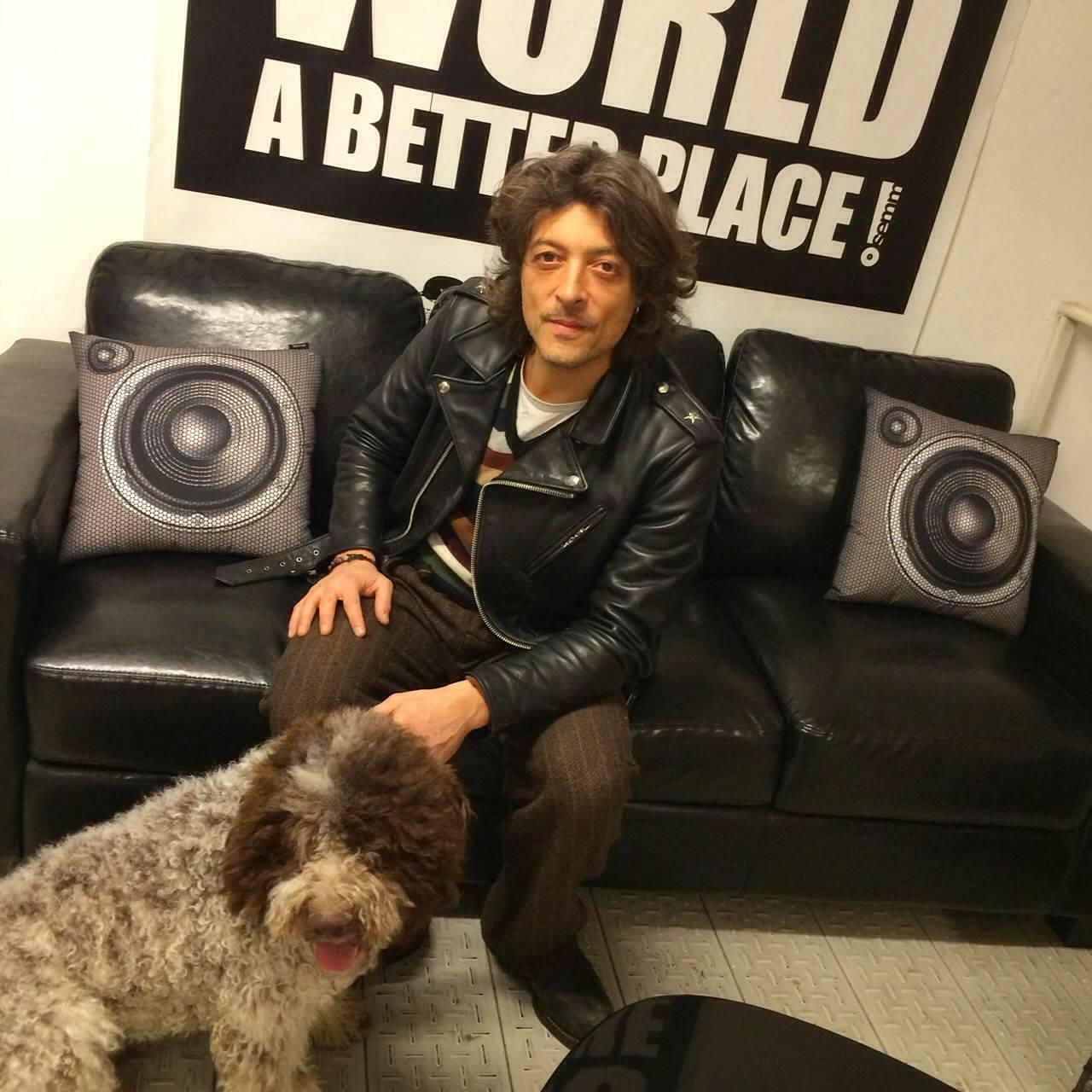 Semm Music Store special Guest Federico Poggipollini