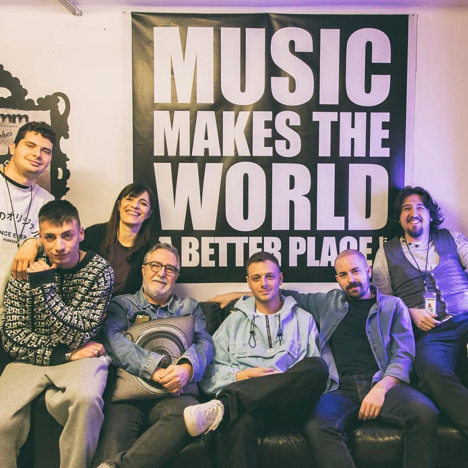 Semm Music Store Special Guest Anastasio