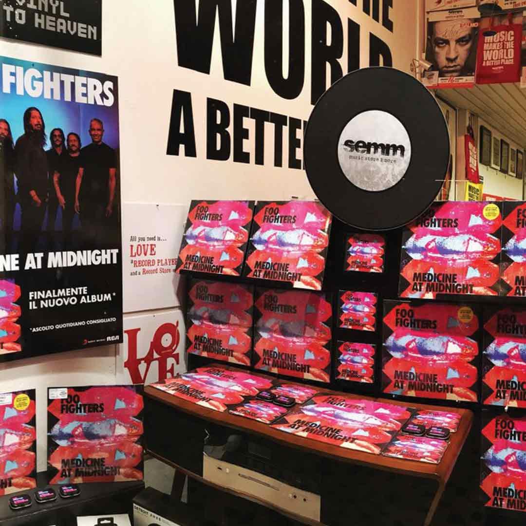 Semm Music Store Foo Fighters