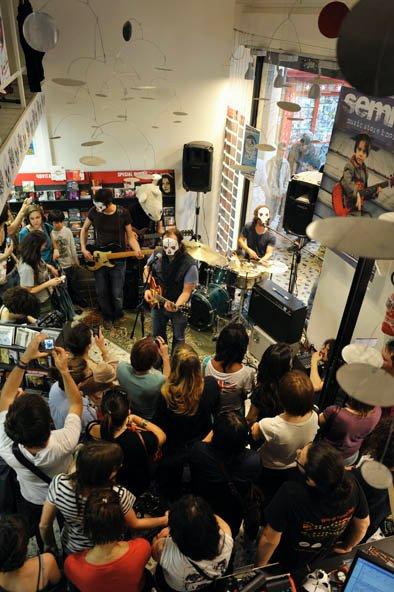 Semm Music Store Evento Tre Allegri Ragazzi Morti