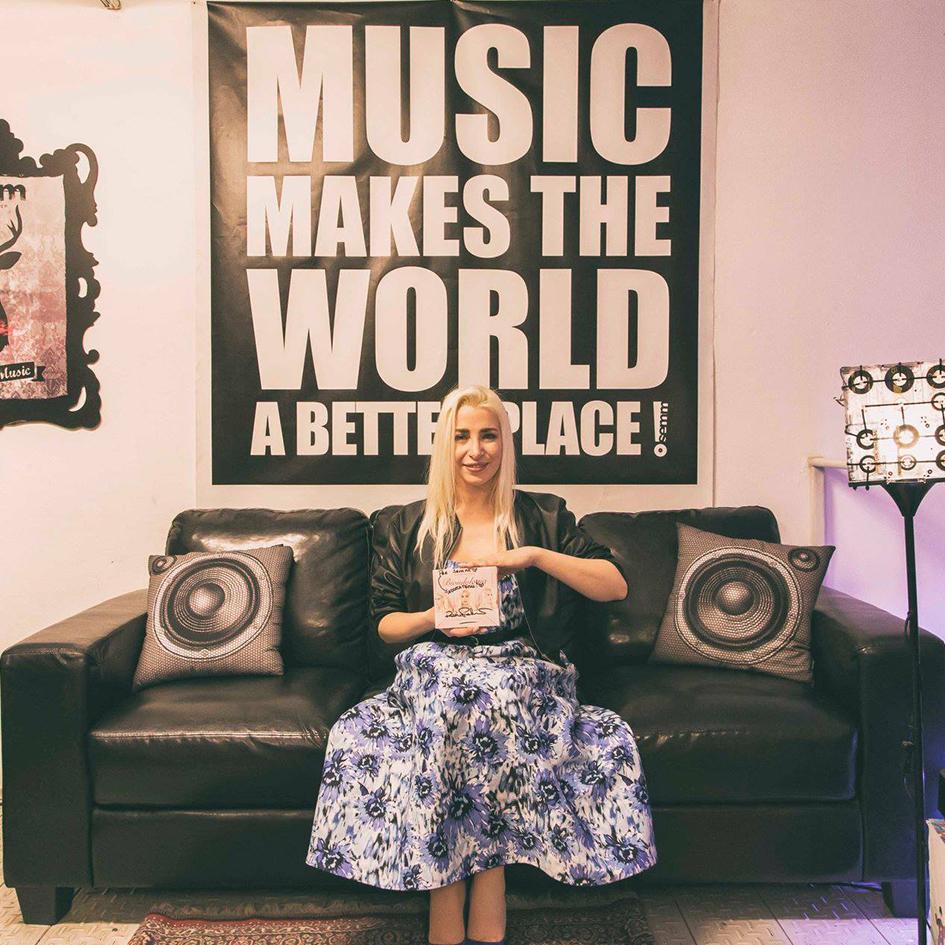 Semm Music Store Romina Falconi Special Guest