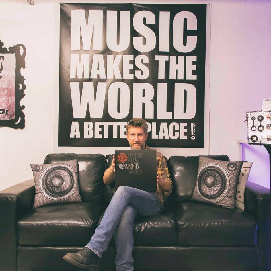 Semm Music Store Special Guest Umberto Maria Giardini