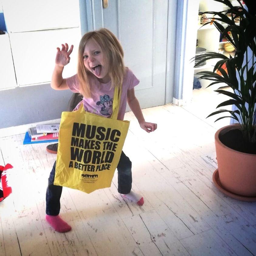 Semm Music Store News Orari
